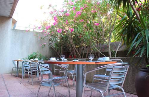 Residhotel Le Grand Prado : Guest accommodation near Marseille 8e Arrondissement