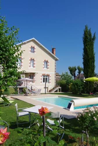 Maison d'Hôtes La Villa Corisande : Bed and Breakfast near Auriac-sur-Dropt
