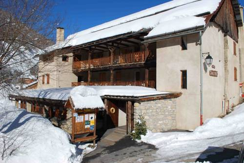 Le Chalet Viso : Bed and Breakfast near Château-Ville-Vieille