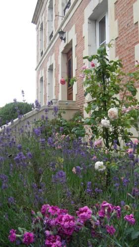 Fleur De Senon : Bed and Breakfast near Herbeuval