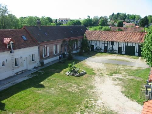 A La Ferme : Guest accommodation near Colline-Beaumont