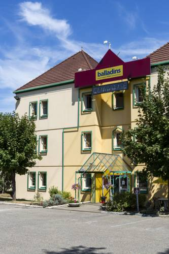 Promotel Bourg-en-Bresse : Hotel near Cras-sur-Reyssouze