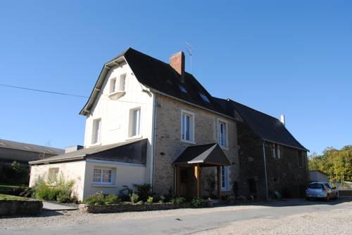 Le Manoir de la Vieille Douve : Bed and Breakfast near Segré