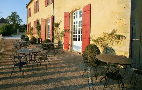 Chateau Mont d'Onel : Bed and Breakfast near Baneuil
