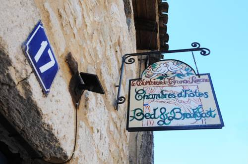 Le Colombier de Cyrano et Roxane : Bed and Breakfast near Bergerac