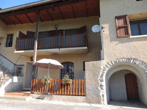 Gîte Les Guérins : Apartment near Montgardin