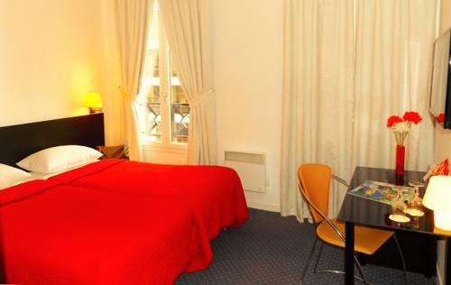 Paris Saint Cloud Hôtel : Hotel near Marnes-la-Coquette