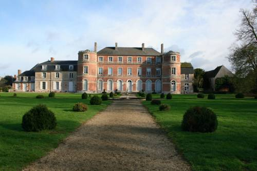 Château De Denonville : Bed and Breakfast near Boutervilliers