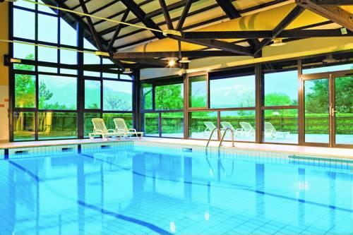 Club Vacances Bleues Serre Du Villard : Hotel near Rousset