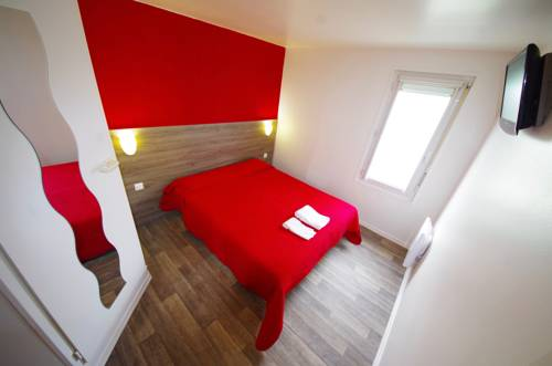 Première Classe Coignieres : Hotel near Lévis-Saint-Nom