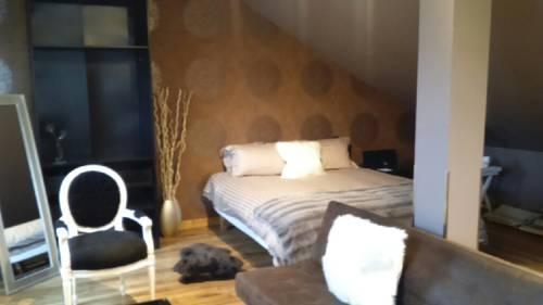 La Juste Place : Hotel near Berlaimont