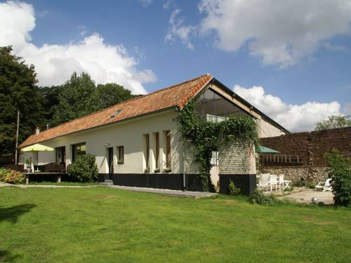 Maison De Vacances - Courset : Guest accommodation near Bécourt