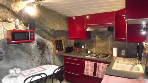Gîte des pêcheurs : Guest accommodation near Avrillé