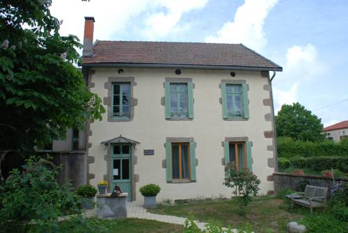 B&B Aire les Biefs : Bed and Breakfast near Saint-Bonnet-des-Quarts