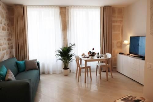 Jardin Saint Honoré Apartments : Apartment near Paris