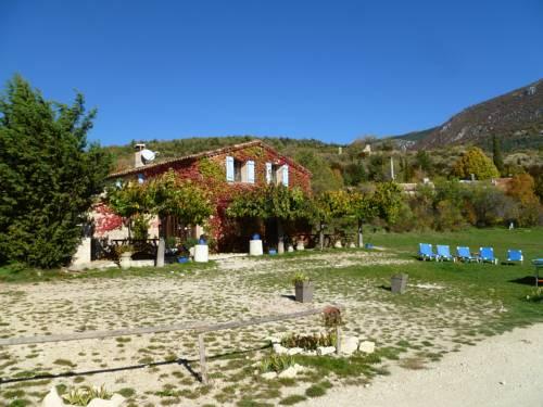 Gîte de Vénascle : Guest accommodation near Blieux