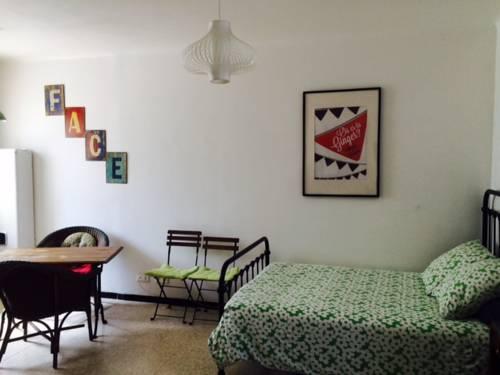 Gite Chez Ginger : Guest accommodation near Castelnau-de-Guers