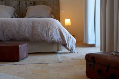 La Ruelle au Verjus : Bed and Breakfast near Vésines