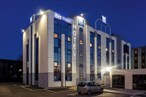 ibis budget Grigny Centre : Hotel near Courcouronnes