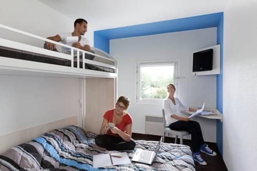 hotelF1 Villepinte : Hotel near Villepinte