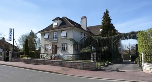 Belvedere Montargis Amilly : Hotel near Ouzouer-des-Champs