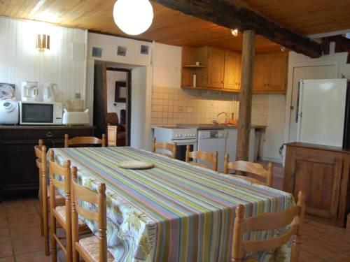 Holiday Home Maison Saint Andrã© D Embrun : Guest accommodation near Saint-André-d'Embrun