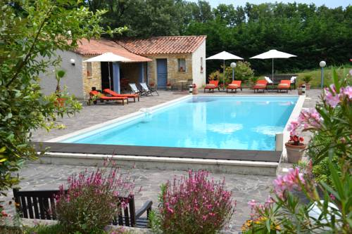 La Devinière : Bed and Breakfast near Viviers