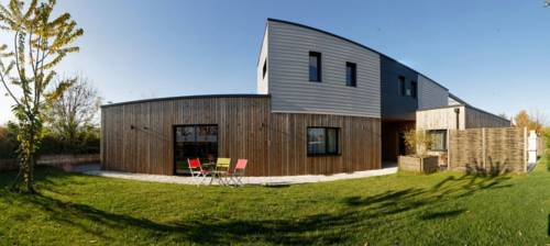 Gîte Noir Lapin : Guest accommodation near Fretin