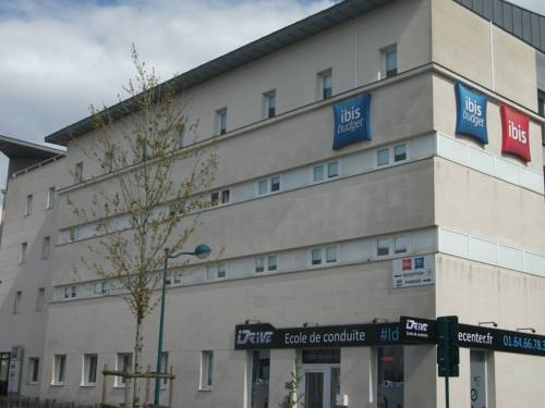 ibis budget Marne la Vallée Val d'Europe : Hotel near Conches-sur-Gondoire