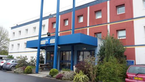 ibis budget Lille Lesquin Aéroport : Hotel near Ennevelin