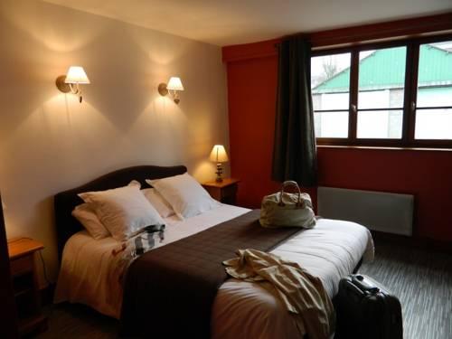 Auberge Du Colombier : Hotel near Hames-Boucres