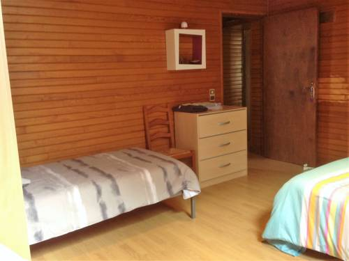 Au Garrine : Guest accommodation near Puybrun