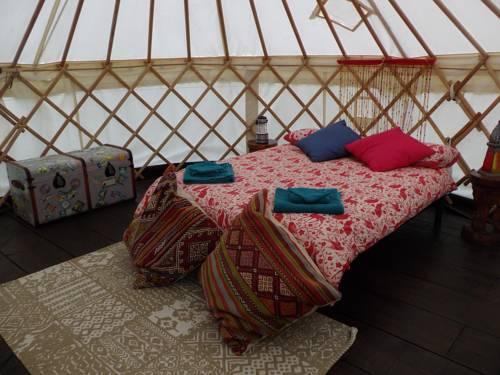 La Fermette Under Canvas : Guest accommodation near Mellionnec