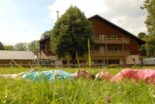 Chalet Les Crozats : Guest accommodation near Cogna