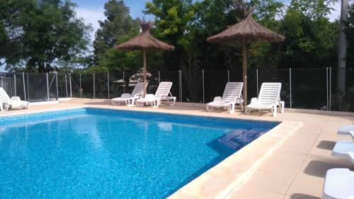 Ecolodge Les Cigales : Guest accommodation near Castelnau-de-Guers