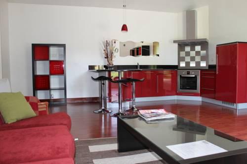 Gite La desirade : Guest accommodation near Saint-Rambert-d'Albon