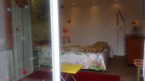 Gîte Les Nympheas : Guest accommodation near Quincy-Voisins