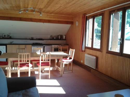 Alpineaccomodation : Apartment near Eygliers