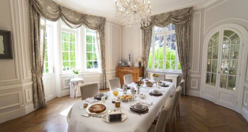 Le Château : Bed and Breakfast near Fresnoy-en-Gohelle