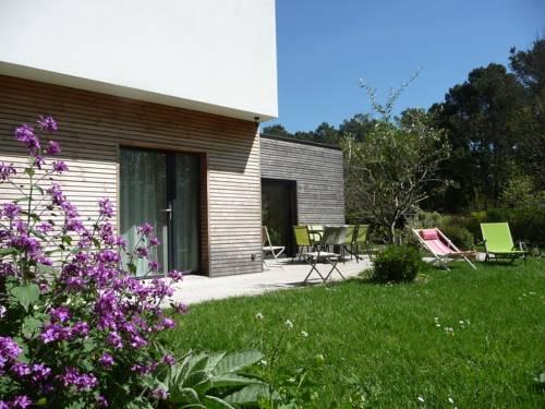 Le Jardin aux Oiseaux : Bed and Breakfast near La Roche-Bernard