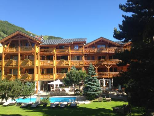 Chalet Mounier : Hotel near Saint-Christophe-en-Oisans