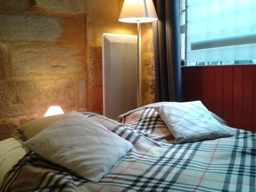 Le logis du puy St Front : Apartment near Escoire