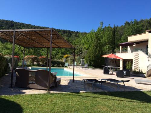 Villa Léna : Guest accommodation near Venelles
