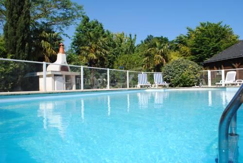 Brit Hotel Angers Parc Expo - L'Acropole : Hotel near Saint-Barthélemy-d'Anjou