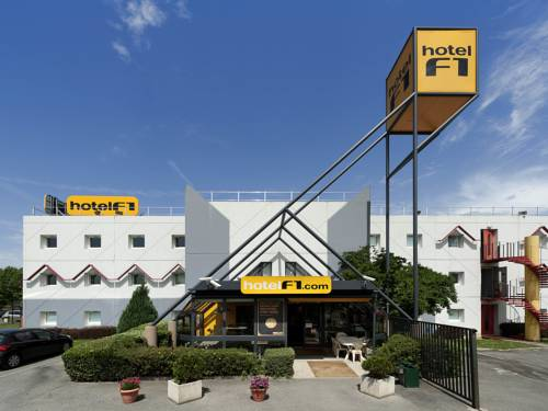hotelF1 Valenciennes Douchy les Mines : Hotel near Abscon