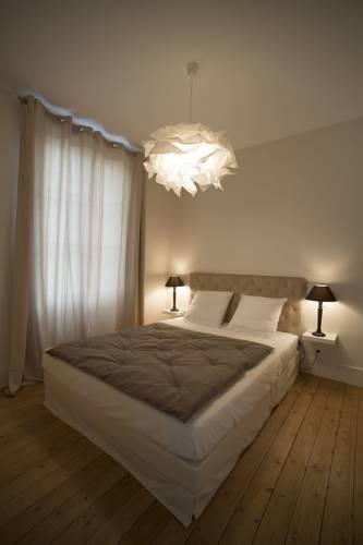 Le Cercle : Bed and Breakfast near Dessia