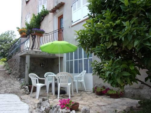 Appartement L'oranger : Apartment near Pégomas