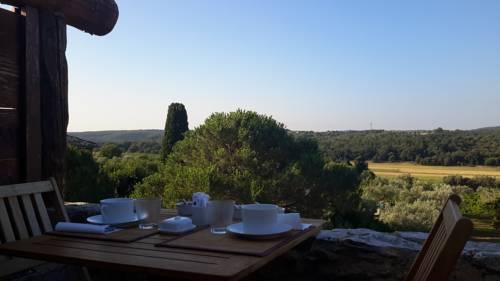 Esprit Garrigues d'Uzès : Bed and Breakfast near Cavillargues