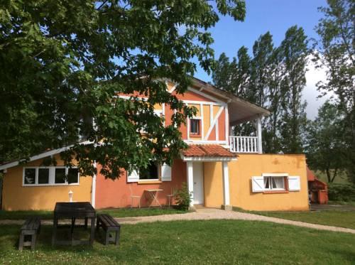 Domaine de Hongrie : Bed and Breakfast near Vic-Fezensac