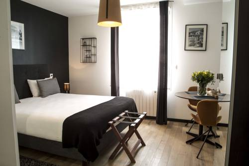 Appart' Rennes BnB - Centre Gare : Guest accommodation near Rennes